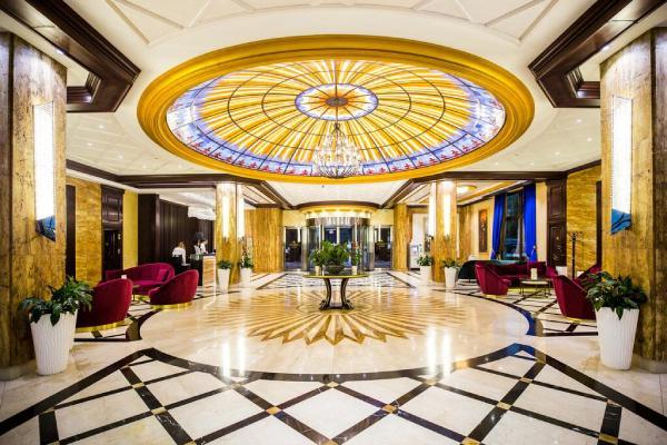 grand-hotel-tornik-enterijer