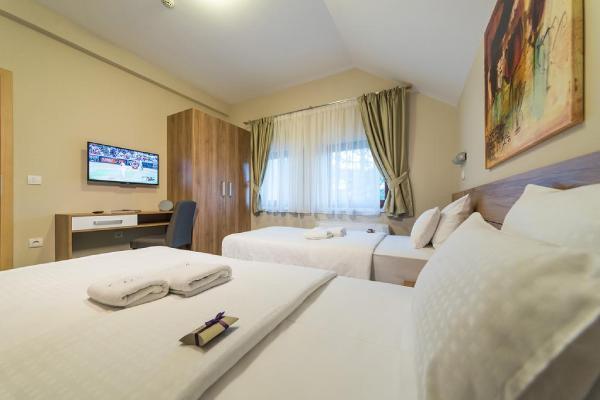 hotel-mons-dvokrevetna-soba